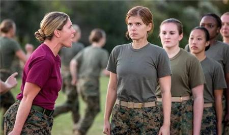 美国女兵怀孕率大增,原因太无奈,远比我们想象还要糟糕